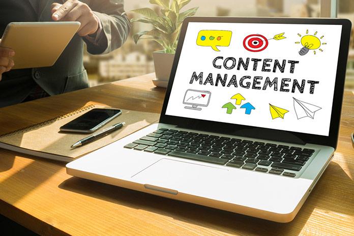 Администратор и контент-менеджер в социальных сетях